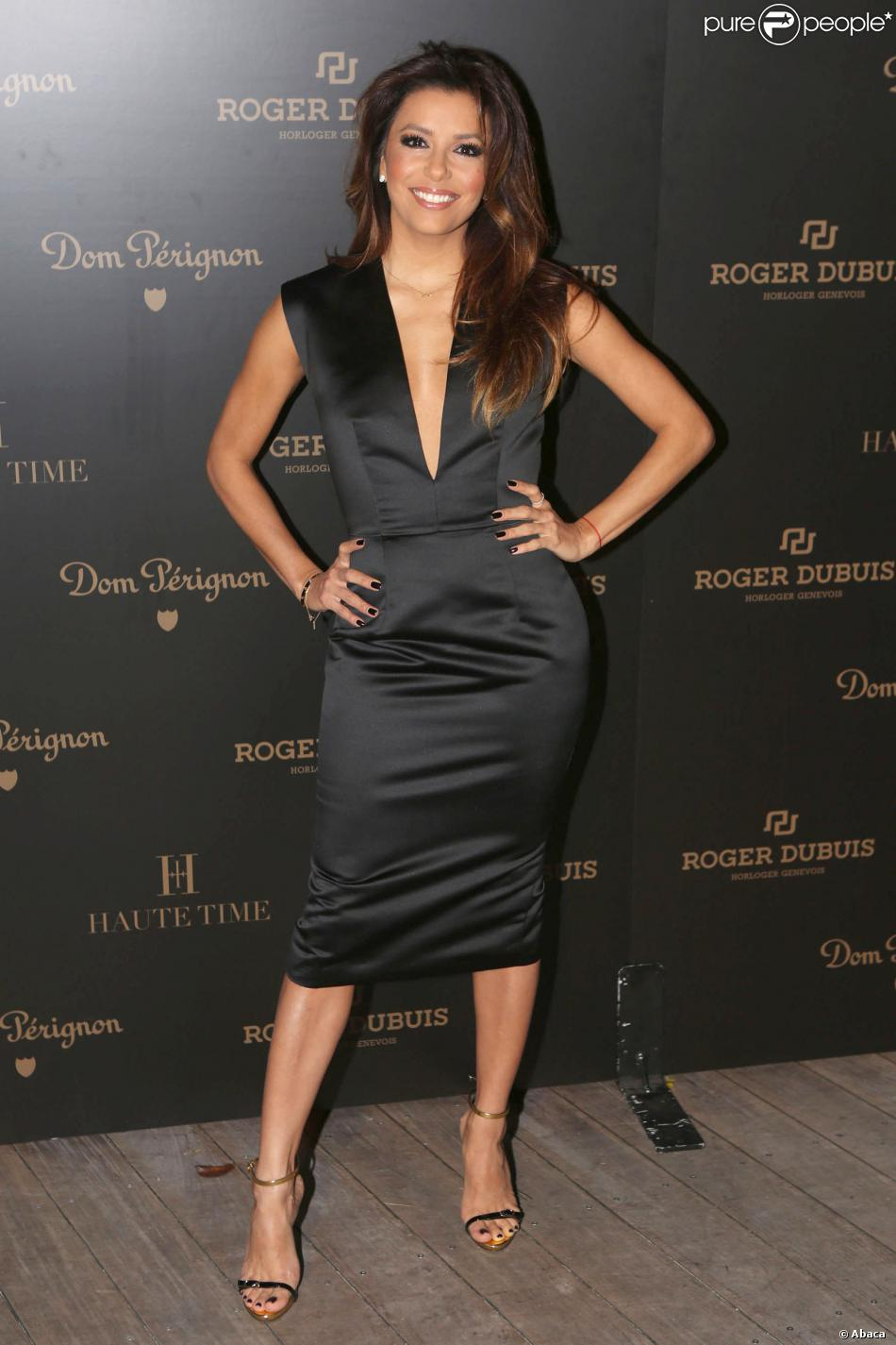 Eva Longoria assiste à la soirée privée Roger Dubuis célébrant le coup d'envoi d'Art Basel Miami Beach, à l'hôtel W South Beach. Miami, le 4 décembre 2013.