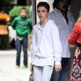 Rocco Ritchie quitte un centre de la Kabbale avec sa mère Madonna. New York, le 8 juin 2013.