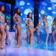 Les douze demi-finalistes de Miss France 2014 en sirènes sexy lors de l'élection Miss France 2014 sur TF1, en direct de Dijon, le samedi 7 décembre 2013