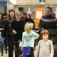 Exclusif - Quinn et Laird - Sharon Stone et ses trois enfants Roan, Quinn, et Laird arrivent à l'aéroport d'Orly en provenance de Marrakech, le 30 novembre 2013.