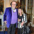 Jean Michel Ribes et sa femme Sydney lors de la cérémonie de remise des insignes de Commandeur des Arts et des Lettres à Jean-Michel Ribes au ministère de la Culture et de la Commmunication à Paris. Le 10 décembre 2013.