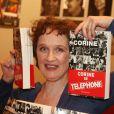 Corine du groupe Téléphone lors de la sortie de son livre  Le Fil du temps  à Paris, le 25 mars 2007.