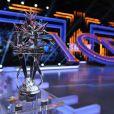 EXCLUSIF. Le trophée lors de la finale d'Ice Show, le 18 décembre 2013, sur M6.