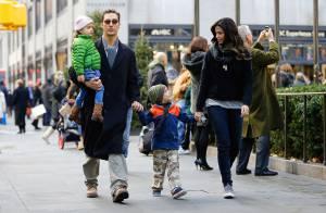 Matthew McConaughey : Papa-poule radieux en famille pour une balade de Noël