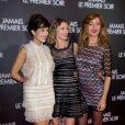 """Mélanie Doutey, Alexandra Lamy et Julie Ferrier lors de l'avant-première du film """"Jamais le premier soir"""" au Gaumont Opéra à Paris le 19 décembre 2013"""