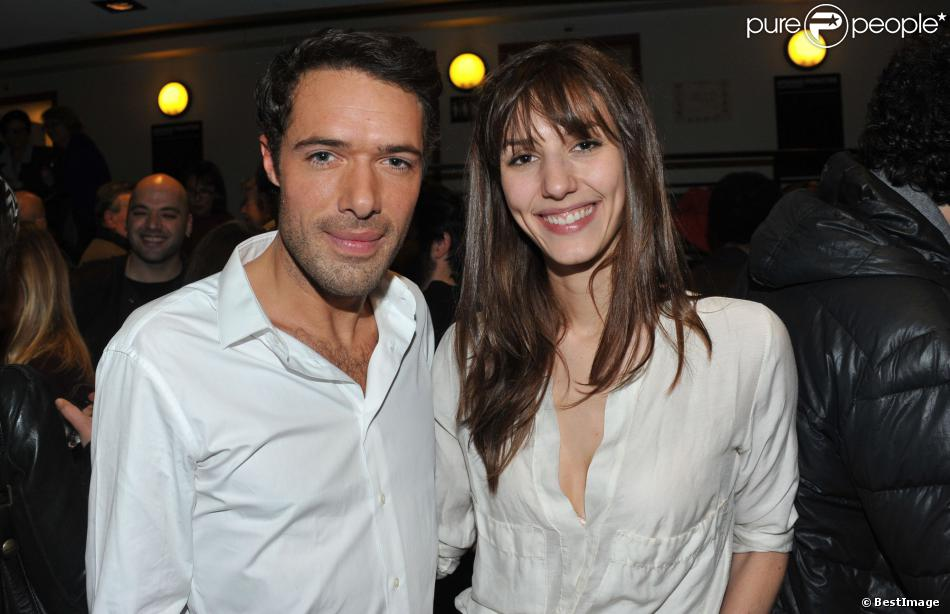 Nicolas bedos retrouve doria tillier et jean dujardin pour for Zoe dujardin