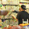 Exclusive - Jonah Hill et son amoureuse Isabelle McNally sont partis faire des courses à Los Angeles le 30 décembre 2013, ne cachant pas leur complicité