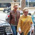 Katherine Heigl déjeune avec sa mere Nancy Heigl à Beverly Hills, le 9 janvier 2014.
