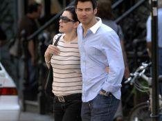 PHOTOS : Julianna Margulies, promenade en amoureux avec son mari... et sans bébé !
