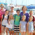 Sofia, Elena, Letizia et Cristina d'Espagne avec les enfants en vacances à Palma de Majorque le 2 août 2013