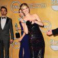 Jennifer Lawrence fait le show aux Screen Actors Guild Awards, Shrine Auditorium, Los Angeles, le 18 janvier 2014.