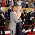 Cuba Gooding Jr. et Jennifer Lawrence font le show aux Screen Actors Guild Awards, Shrine Auditorium, Los Angeles, le 18 janvier 2014.