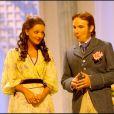 Marie-Julie Baup et Lorànt Deutsch lors du filage de la pièce L'importance d'être constant à Paris le 29 août 2006
