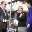 Le prince Albert II de Monaco prenait le 24 janvier 2014 à Bruxelles le relais de la princesse Astrid de Belgique à la présidence d'honneur de la fondation de l'EORTC (European Organisation for Research and Treatment of Cancer), en présence de la directrice de l'ONG, Françoise Meunier.