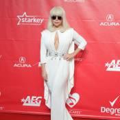 Lady Gaga : Prêtesse sobre et angélique, une diva (presque) normale !