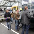 Arnold Schwarzenegger et sa nouvelle compagne Heather Milligan a l'aéroport de Innsbruck, le 25 janvier 2014.