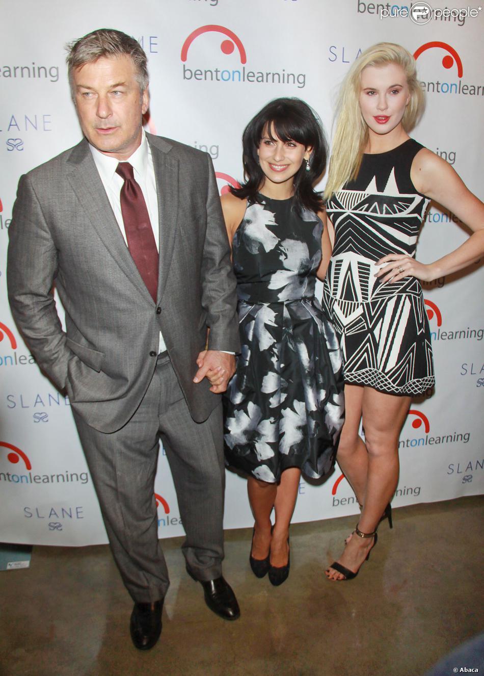 Alec Baldwin, Hilaria Baldwin et Ireland Baldwin lors du 5e Inspire! Gala, à New York, le 30 janvier 2014.