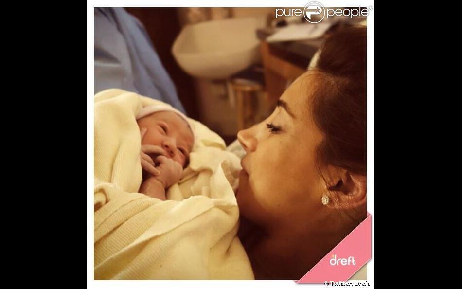 La marque Dreft a posté un cliché de Danielle et de son bébé sur Twitter, le 2 février 2014.