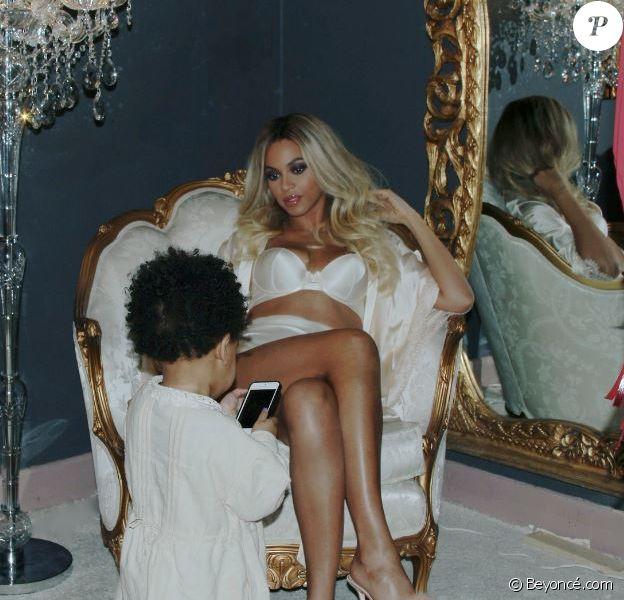 Beyoncé s'est offert une séance photo avec sa fille Blue Ivy.