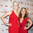"Ireland Baldwin et Giada De Laurentiis sur le tapis rouge de la soirée ""Go Red For Women"", lors de la fashion week à New York, le 6 février 2014."