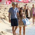Marc Anthony et sa compagne Chloe Green en vacances à la Barbade, le 1er Janvier 2014.
