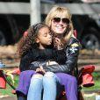 - Heidi Klum emmène ses enfants Leni, Henry, Johan et Lou à leur match de football à Los Angeles le 8 février 2014.