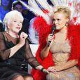 Muriel Robin et Line Renaud, sur le tournage de L'incroyable anniversaire, en décembre 2013.