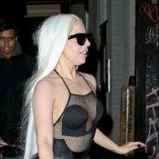 Lady Gaga, même pas froid : La folle diva à moitié nue par moins 5 degrés...