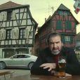 Eric Cantona dans une pub pour une bière française, censurée en Angleterre