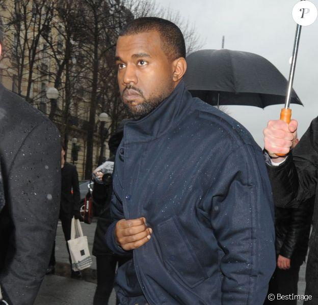 Kanye West arrive à L'Observatoire pour assister au défilé Balenciaga automne-hiver 2014-2015. Paris, le 27 février 2014.
