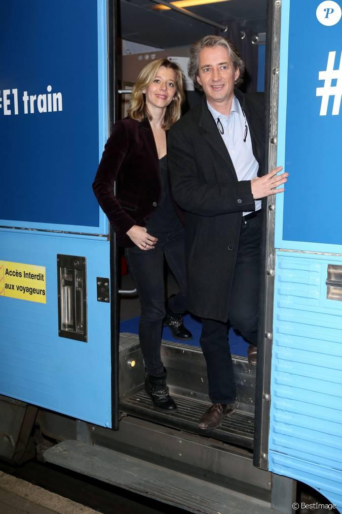 Wendy bouchard et nicolas poincar lors de l 39 inauguration du train europe 1 pour les municipales - Wendy bouchard et son mari ...