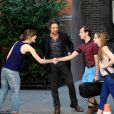 Keira Knightley et Mark Ruffalo sur le tournage du film Begin Again (Can a Song Save Your Life ?) à New York le 26 juillet 2012