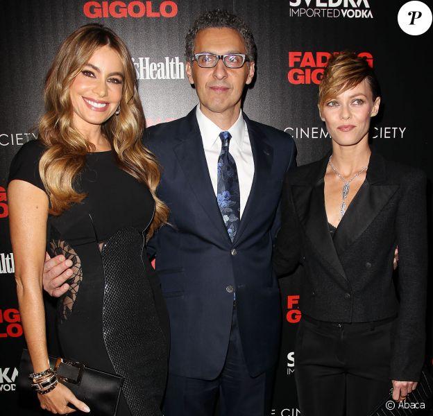 Sofia Vergara, John Turturro et Vanessa Paradis lors d'une première de Fading Gigolo au SVA Theater à New York le 11 avril 2014.