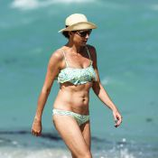 Minnie Driver en bikini : Choquée des attaques sur son physique, elle s'efface