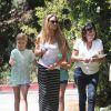 Denise Richards : Radieuse avec ses filles, malgré la fronde de Charlie Sheen