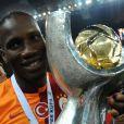 Didier Drogba après sa victoire en finale de la Super Coupe de Turquie le 11 août 2013 au Kadir Has Stadium de Kayseri