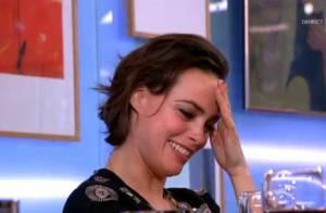 Bérénice Bejo décontenancée devant la vidéo de ses débuts à 15 ans