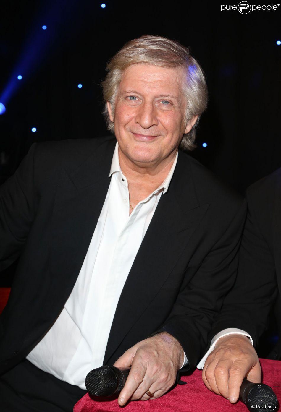 Patrick Sébastien inaugure son double de cire au Musée Grévin à Paris, le 29 janvier 2014.