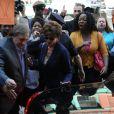 Gérard Depardieu et Jacqueline Bisset en action sur le tournage du film Welcome to New York à New York le 3 mai 2013.