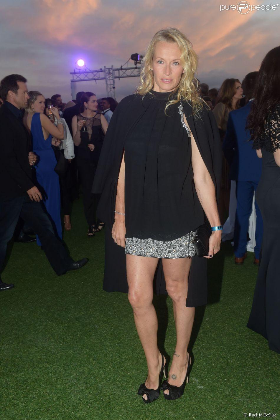Estelle Lefébure lors de la soirée du film Expendables au Gotha avec le joaillier De Grisogono, durant le Festival de Cannes le 18 mai 2014