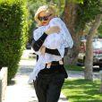 Gwen Stefani arrive au cabinet du Dr. Adrien Survol Rivin avec son fils Apollo Bowie à Sherman Oaks. Le 20 mai 2014.
