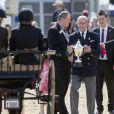 Le duc d'Edimbourg lors de la remise des prix pour le concours d'attelages lors du Royal Windsor Horse Show, le 15 mai 2014.