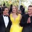 """Lawrence Bender, Uma Thurman, Quentin Tarantino - Montée des marches du film """"Sils Maria"""" lors du 67e Festival du film de Cannes le 23 mai 2014."""