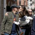 Exclusif - Eros Ramazzotti, sa compagne Marica Pellegrinelli et leur fille Raffaella Maria de passage a Bruxelles en Belgique, le 18 avril 2013.