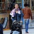 Marica Pellegrinelli (compagne d'Eros Ramazzotti) emmène sa fille Raffaela Maria dans une fête foraine à Milan en Italie, le 14 mars 2014.