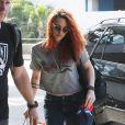 Kristen Stewart va prendre un vol à l'aéroport de Los Angeles, le 27 mai 2014.