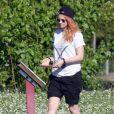 Exclusif - Kristen Stewart, les cheveux oranges, célèbre son 24ème anniversaire à la Nouvelle-Orléans, le 9 avril 2014.