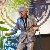 Bob Geldof : Retour sur scène, deux mois après la mort de sa fille Peaches