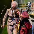 Bob Geldof sur scène avec son groupe les Boomtown Rats au Wychwood Festival 2014 dans le cadre de la Cheltenham Racecourse (Gloucestershire), le 1er juin 2014.