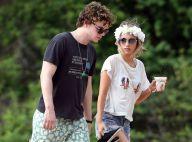 Emma Roberts et Evan Peters : En vacances à Hawaï, les amoureux se relaxent